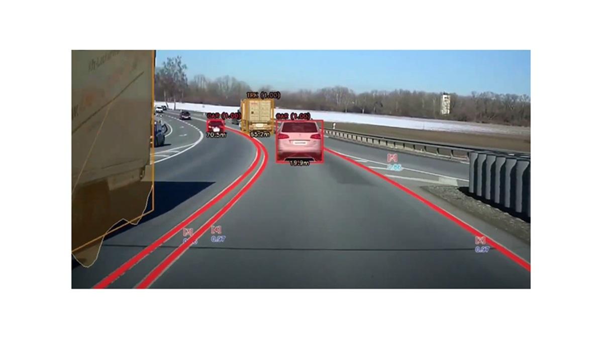 AR技術をドイツ高級車メーカーへ提供!ストラドビジョンの車線維持補助システムなど