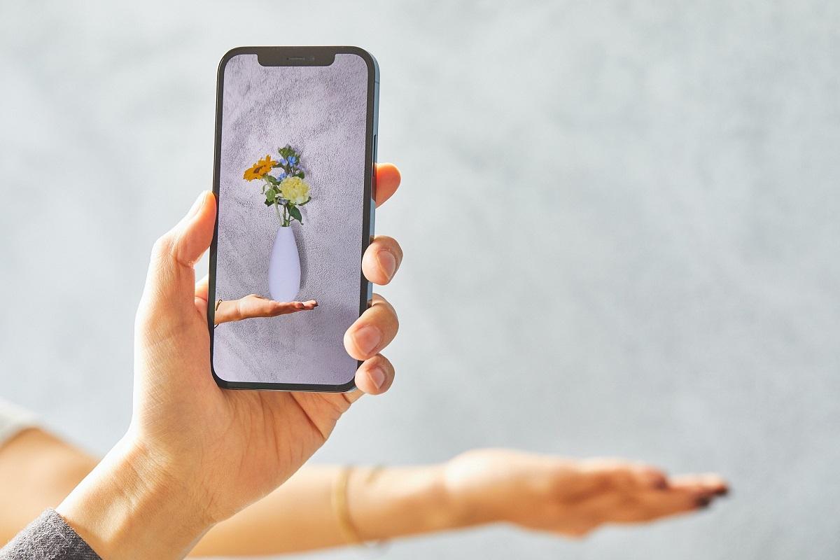 永遠に枯れない!ARの花束を大切な人に贈れるギフトサービス「FLOWER 4U」