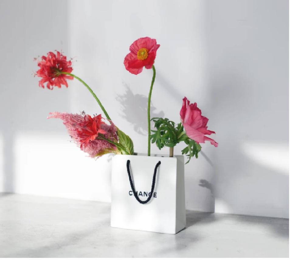 InstagramのARフィルターが楽しめるショップバック型花器「CHANCE」がgood thingから発売
