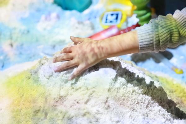 リトルプラネットのAR砂遊びがアップデート!水の表現がよりリアルに