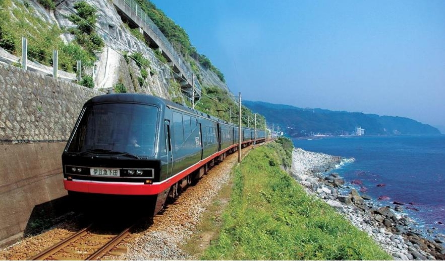 鉄道車両にARを活用した広告が採用!伊豆を走る「リゾート21黒船電車」がリニューアル
