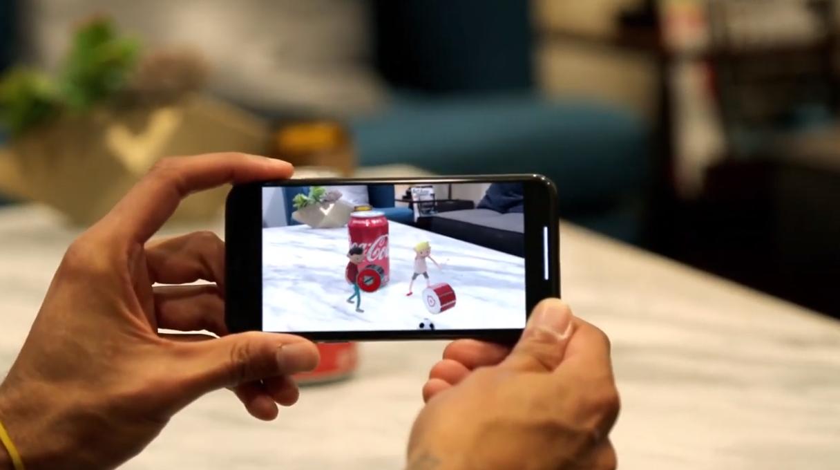 メキシコのコカ・コーラがAR機能の楽しめる缶デザインを実施