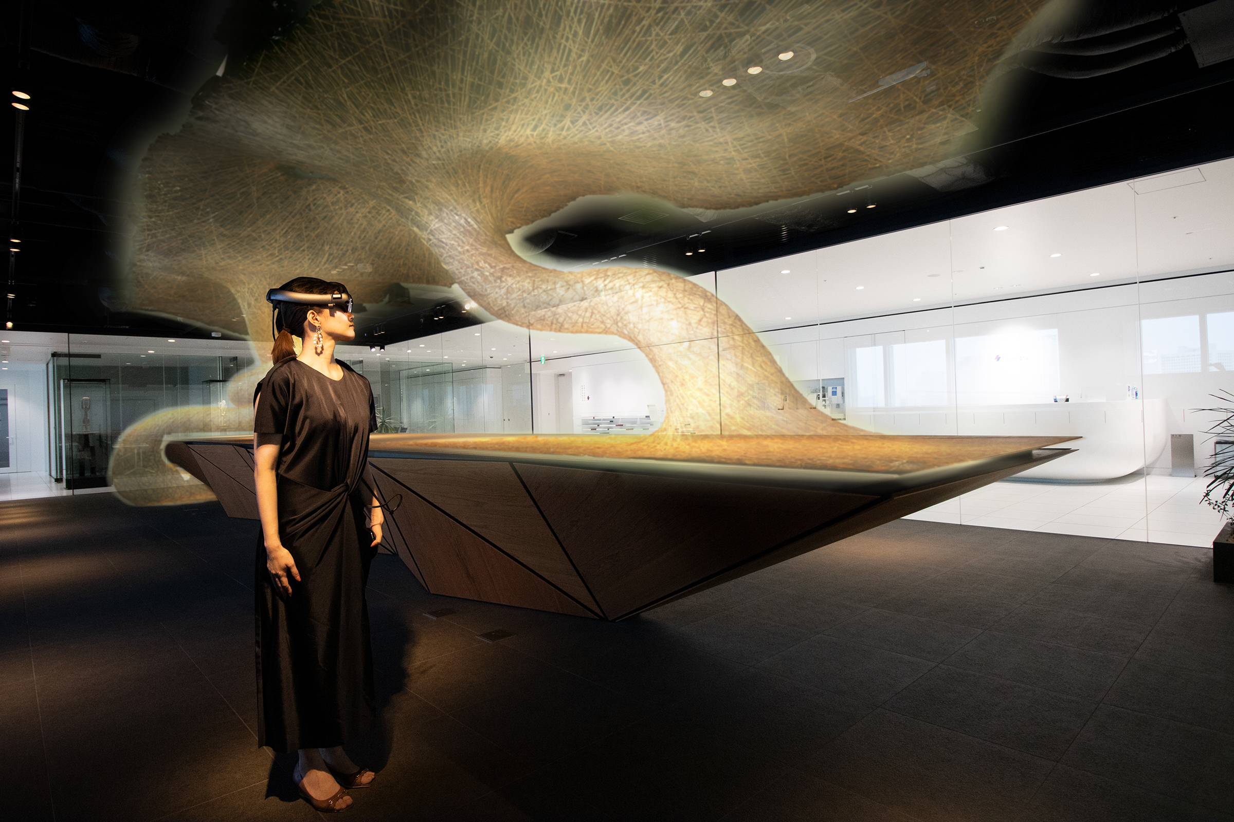 ARとVRを組み合わせたMR技術でいつでも展示作品が鑑賞可能に!丹青社とNTTドコモがコンテンツ開発